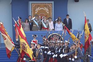 Saludando a la Bandera Española